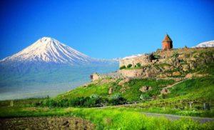 Armenien med Araratdalen och mycket mer